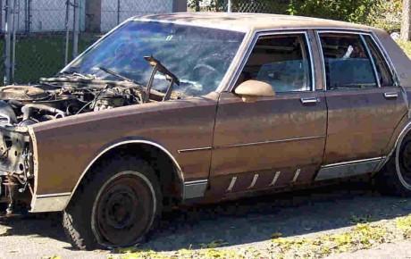 Scrap cars Etobicoke, Brampton PAYS Cash for unwanted cars