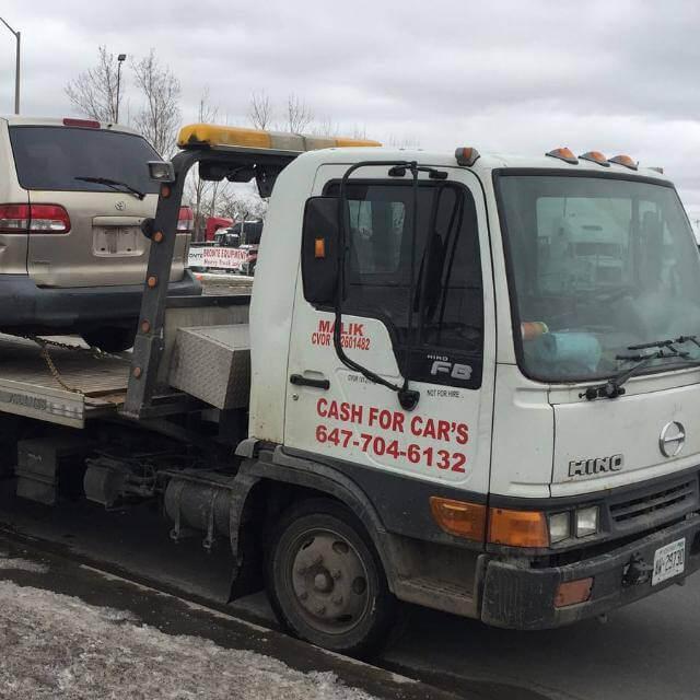 Etobicoke Junk CarRemoval Canada'sbest carremoval service Etobicoke.